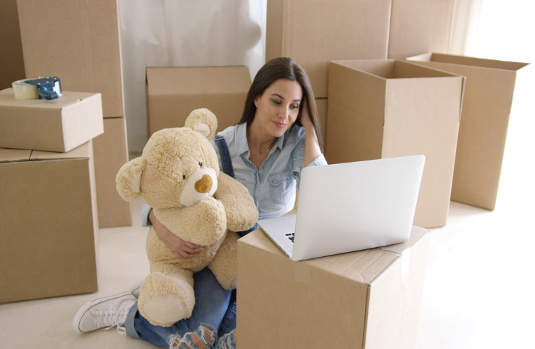 The hassle in moving and the help of moving services
