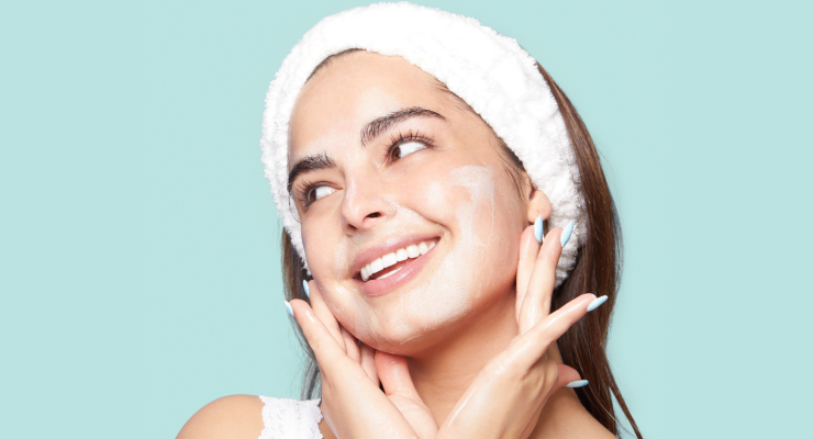 Key factors to consider before buying face cleanser