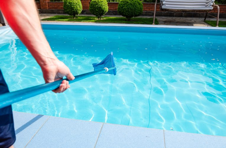 Questions to Ask Before Hiring Swimming Pool Companies